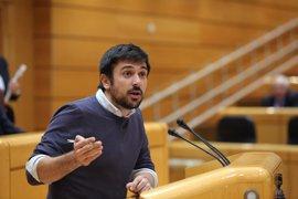 Ramón Espinar se estrenará ante Rajoy preguntándole en el Senado por las pensiones