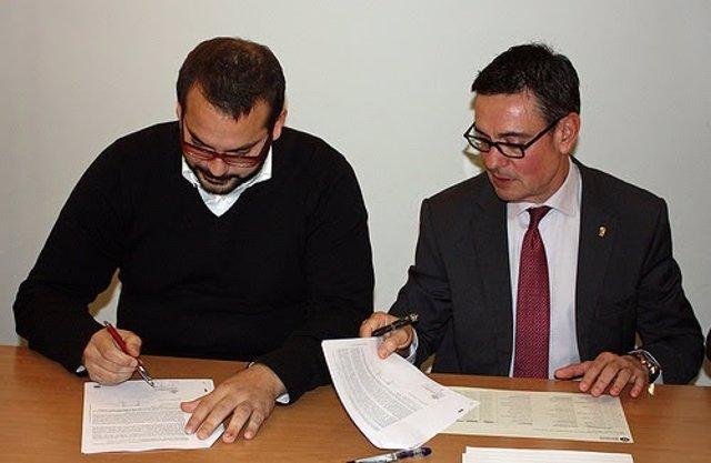 La Diputación de Barcelona firma créditos con 13 ayuntamientos
