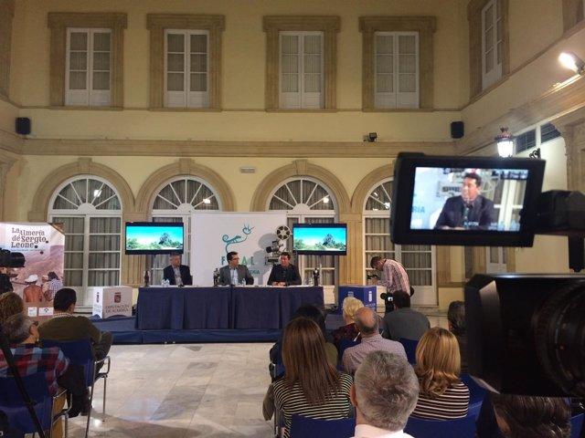 El libro 'La Almería de Sergio Leone' recorre la historia del western en Almería