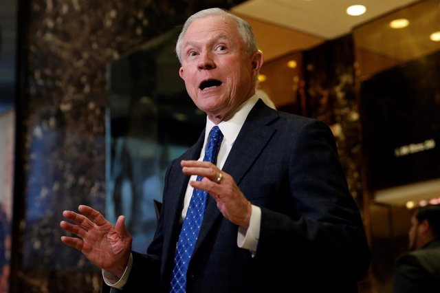 Senador Jeff Sessions, candidato a Fiscal General