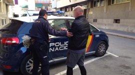 Dos detenidos en relación por un incendio en Benidorm que causó la muerte a una persona