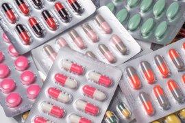 Los hospitales buscan optimizar el uso de antibióticos, ya que la mitad los prescriben mal