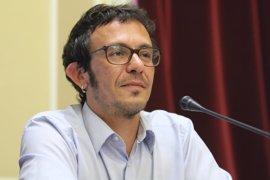 """'Kichi' acusa al PP de """"quitar carga de trabajo"""" a los astilleros de Cádiz"""