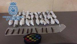 Dos menores detenidos tras arrojar una bolsa de droga al arcén en un control policial