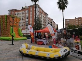 Turismo.- La Campaña provincial 'Hay otra Sevilla' culmina en Badajoz su periplo de este año