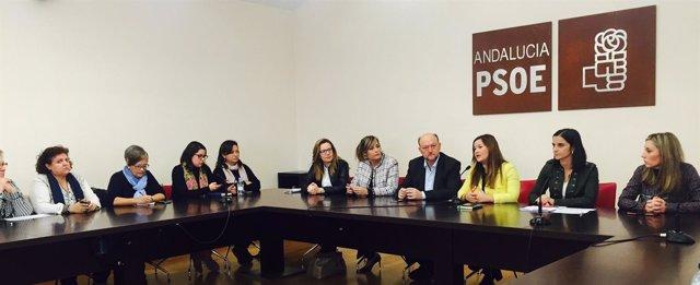 Reunión del PSOE en Sevilla con colectivos de mujeres