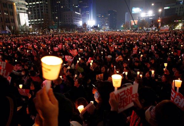 Manifestación contra Park Geun Hye en Seúl