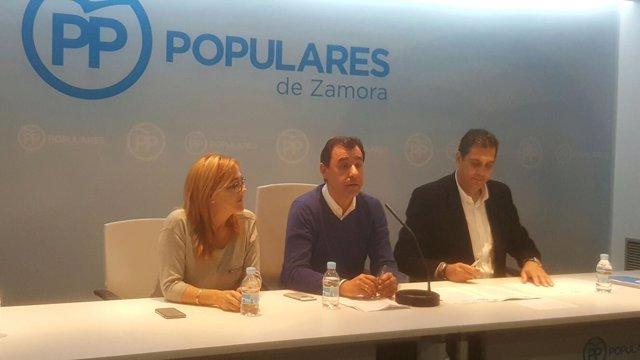 Mayte Martín Pozo, Fernando Martínez Maíllo y Alberto Castro