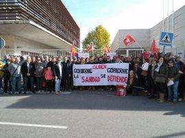 Casi 300 personas se concentran en Torrijos para recuperar el CEDT