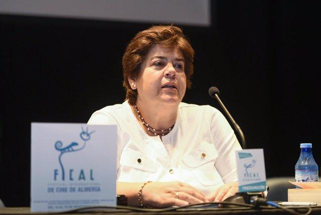 Ana Arrieta ha hablado de producción desde el punto de vista legal.