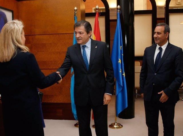Fernando Lastra, a la derecha