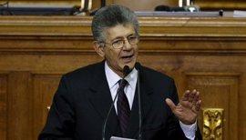 """Ramos Allup defiende el diálogo de la oposición con el Gobierno venezolano como """"una obligación"""""""