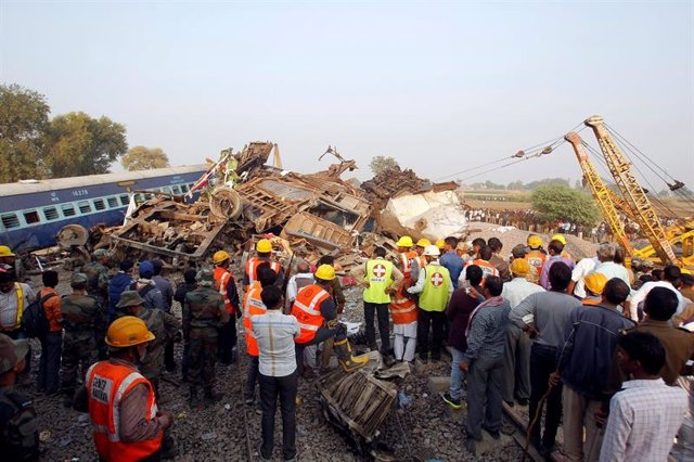 Accidente tren en Kanpur