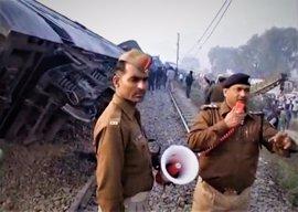 El número de muertos por el descarrilamiento de Kanpur rebasa ya el centenar