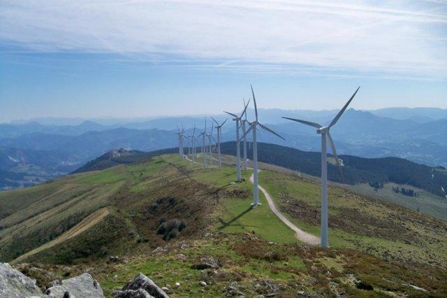 Monte Oiz molinos de viento
