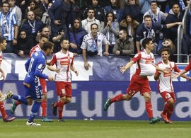 Gerard Moreno da aire al Espanyol en Mendizorroza