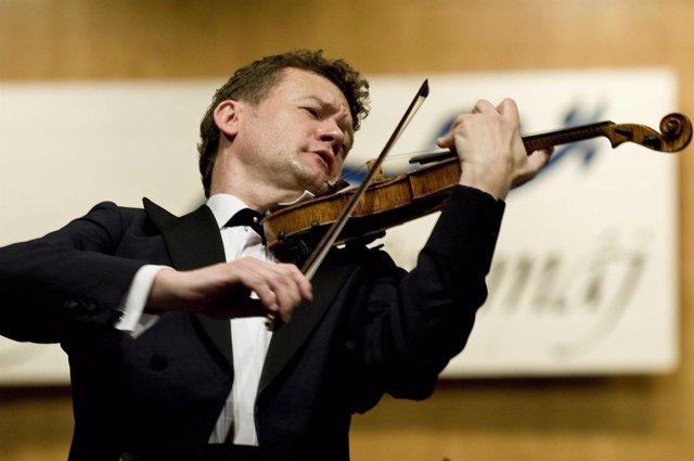 Violinista Ivan Zenaty