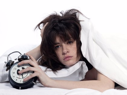 ¿Problemas de sueño?, vigila lo que bebes antes de dormir