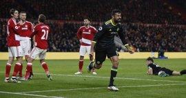 Diego Costa coloca al Chelsea líder en solitario de la Premier