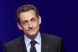 Sarkozy reconoce su derrota y anuncia que apoyará a Fillon