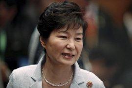 El principal partido opositor de Corea del Sur sopesa un juicio político contra Park