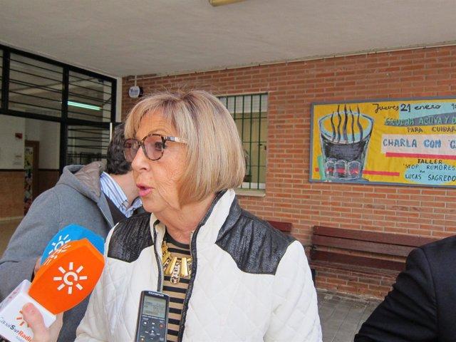 Consejera de Educación, Adelaida de la Calle