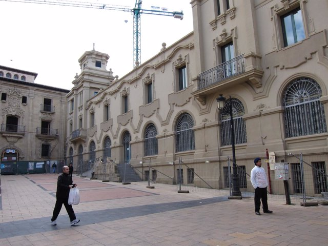 Edificio de Correos en la Plaza de San Agustín de Logroño