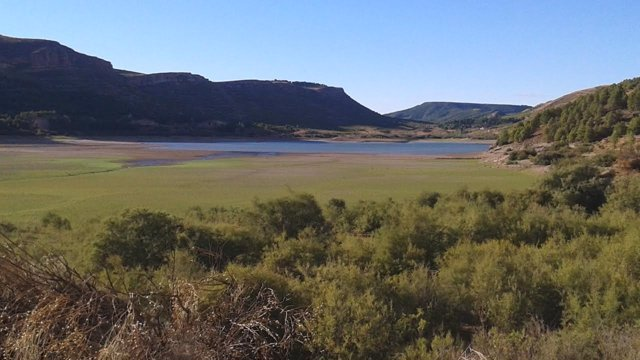 Uno de los embalses de la Cuenca del Ebro