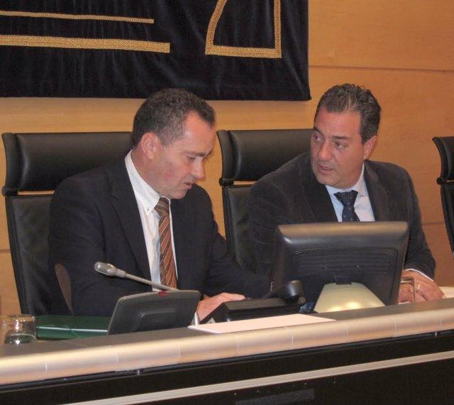 Luis María Arce (Izquierda) Y Salvador Cruz (Derecha)