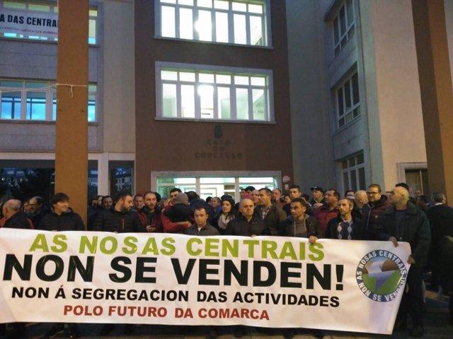 Concentración de los trabajadores de Ferroatlántica este lunes en Cee