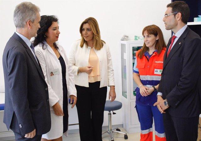 La presidenta de la Junta, Susana Díaz, visita el centro de salud de Íllora