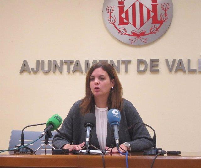 Sandra Gómez en la rueda de prensa