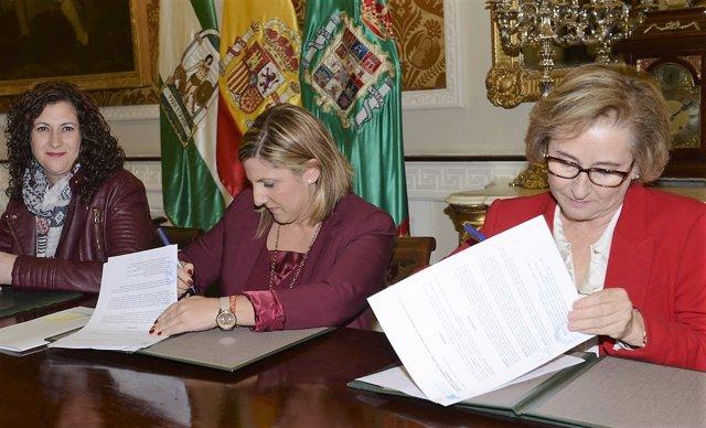 Diputación de Cádiz firma con Cruz Roja