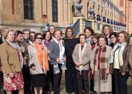 Susana Díaz trabajará con las viudas para que sus pensiones no salgan del régimen general