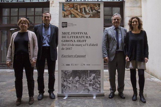 Nota De Premsa. El Festival Mot 2017 Es Fixa En El Binomi Passat I Literatura. 2