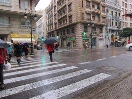 Las temperaturas caen hasta 9 grados en la Comunitat y las lluvias descargan hasta 38 l/m2