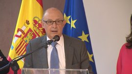 Montoro rechaza la multa a la C. Valenciana, pero dice que está obligado a cobrársela