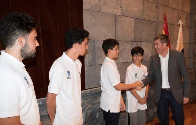 Fotonoticia Presidencia Del Gobierno Olimpiadas Mundiales De Robótica
