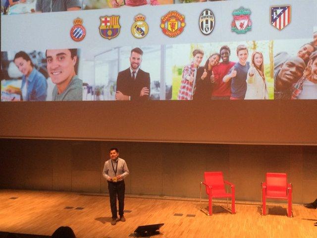 Martín Jordán, durante la presentación de su proyecto