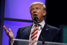 """Trump afirma que """"le encantaría"""" lograr la paz entre israelíes y palestinos"""