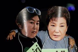 Registran las sedes de Samsung y del fondo de pensiones de Seúl