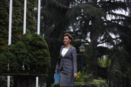"""Cospedal asegura que no reducirá el gasto en Defensa y censura la """"demagogia"""" de Rufián"""
