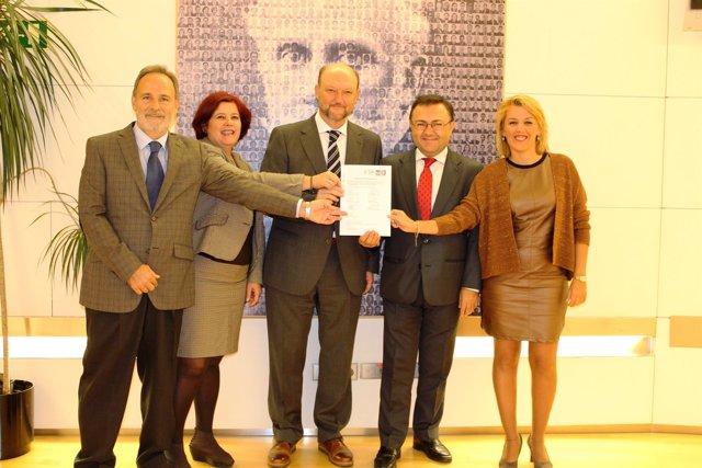 Con Foto Del PSOE