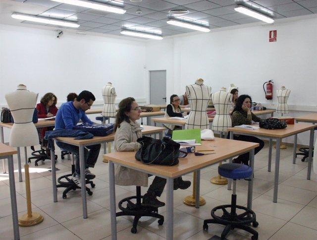 Alumnos en un curso ofrecido en el Citta en 2013