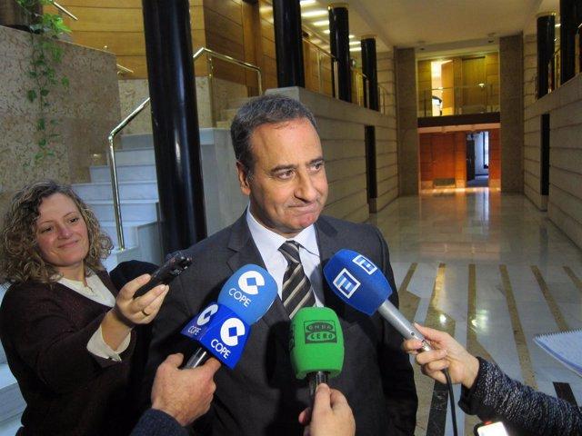 Fernando Lastra.