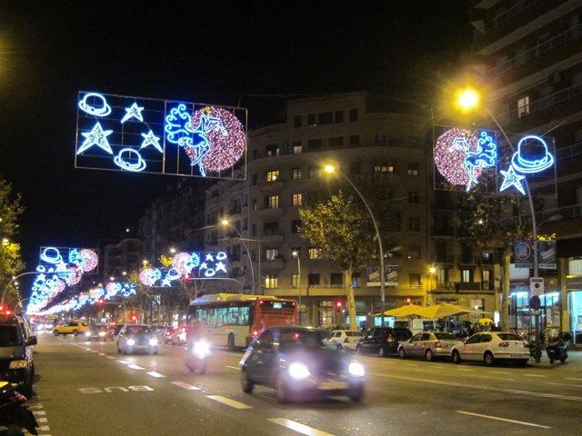 Luces de Navidad de la avenida Paral·lel de años anteriores