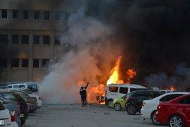 El atentado en Adana habría sido perpetrado por una mujer, según el gobernador
