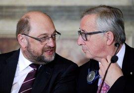 """Juncker lamenta que Schulz no se vuelva a presentar a la Eurocámara y Tusk dice que """"es el final de su mandato"""""""