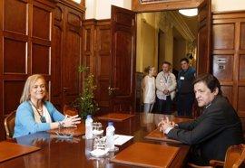 El PP muestra su voluntad de llegar a un acuerdo presupuestario en Asturias con el PSOE