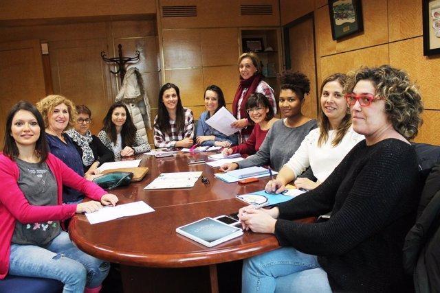 Prensa Aytoleón. Presentación Actos Día Interncional De Las Personas Con Discapa